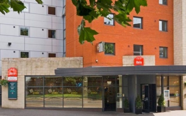 Отель ibis Manchester Centre Princess Street Великобритания, Манчестер - 1 отзыв об отеле, цены и фото номеров - забронировать отель ibis Manchester Centre Princess Street онлайн вид на фасад