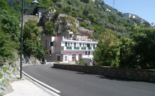 Отель Doria Amalfi Италия, Амальфи - отзывы, цены и фото номеров - забронировать отель Doria Amalfi онлайн вид на фасад
