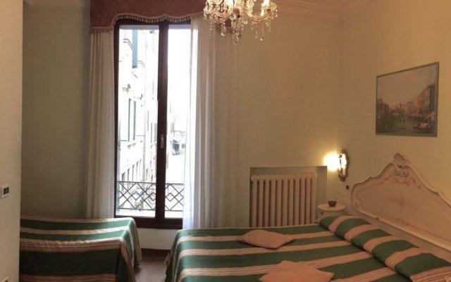 Отель Ovidius Италия, Венеция - 1 отзыв об отеле, цены и фото номеров - забронировать отель Ovidius онлайн комната для гостей