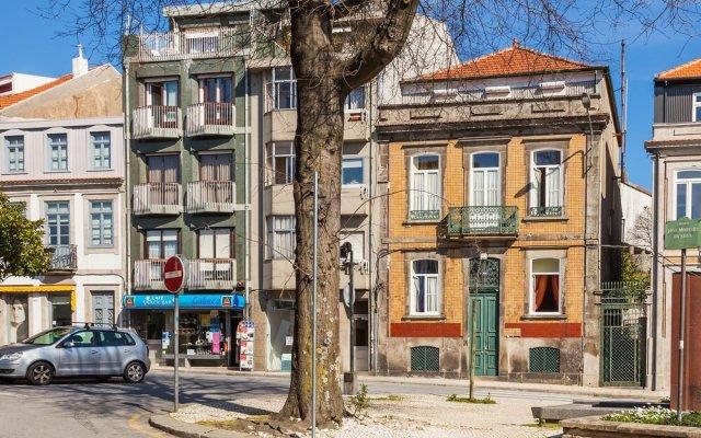Отель Pedra Ibérica Порту вид на фасад