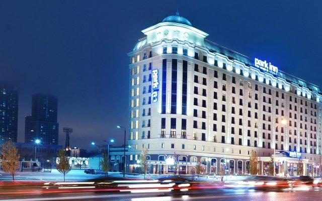 Гостиница Park Inn By Radisson Astana Казахстан, Нур-Султан - отзывы, цены и фото номеров - забронировать гостиницу Park Inn By Radisson Astana онлайн вид на фасад