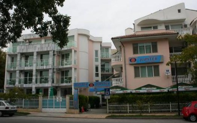 Jupiter 1 Family Hotel Балчик вид на фасад