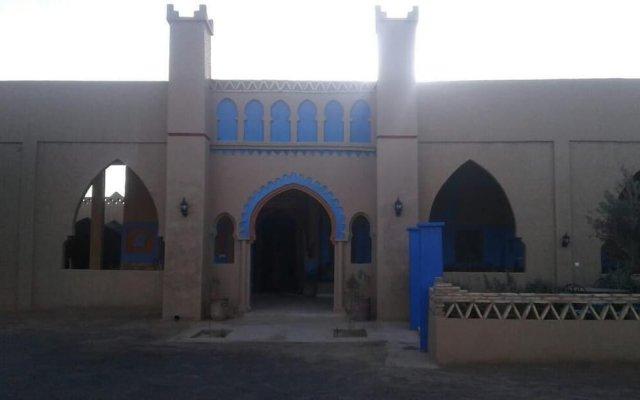 Отель Kasbah Tamariste Марокко, Мерзуга - отзывы, цены и фото номеров - забронировать отель Kasbah Tamariste онлайн вид на фасад