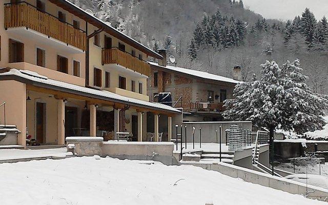 Отель Albergo Diffuso - Cjasa De Pagnocca Корденонс вид на фасад