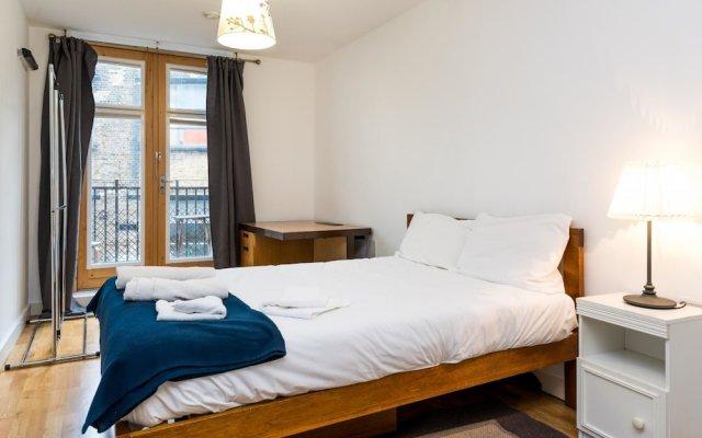 Отель NEW 2 Bedroom Flat in the Heart of Holloway вид на фасад