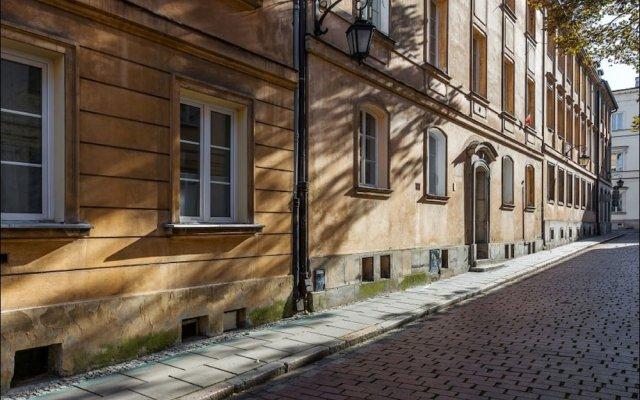 Отель P&O Apartments Miodowa Польша, Варшава - отзывы, цены и фото номеров - забронировать отель P&O Apartments Miodowa онлайн вид на фасад