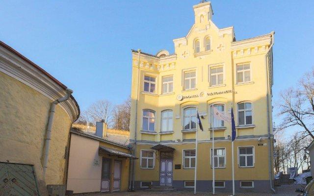 Rija Old Town Hotel вид на фасад