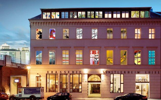 Отель Arte Luise Kunsthotel Германия, Берлин - 3 отзыва об отеле, цены и фото номеров - забронировать отель Arte Luise Kunsthotel онлайн вид на фасад
