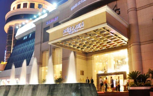 Отель Grand Skylight Hotel Shenzhen Китай, Шэньчжэнь - отзывы, цены и фото номеров - забронировать отель Grand Skylight Hotel Shenzhen онлайн вид на фасад