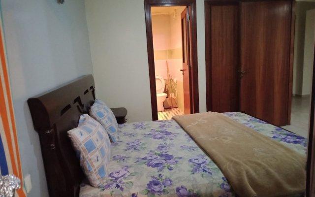 Отель La Holly комната для гостей