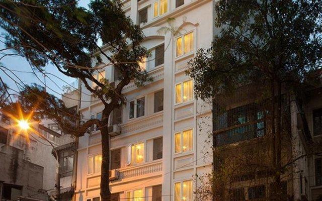 Chains First Eden Hotel вид на фасад