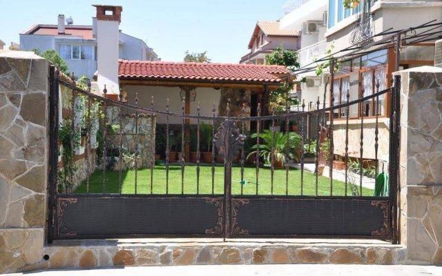 Отель Perla Болгария, Равда - отзывы, цены и фото номеров - забронировать отель Perla онлайн вид на фасад