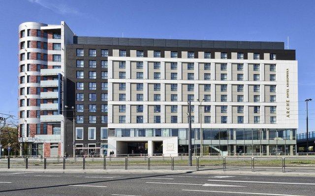 Arche Hotel Krakowska вид на фасад