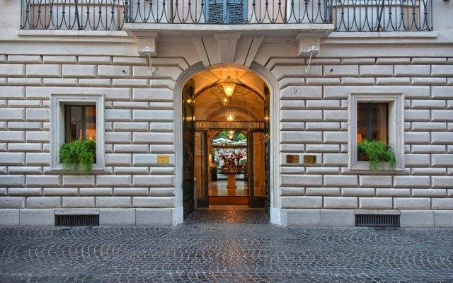 Hotel De Russie вид на фасад