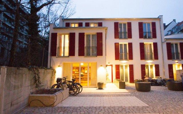 das kleine Hotel in München вид на фасад
