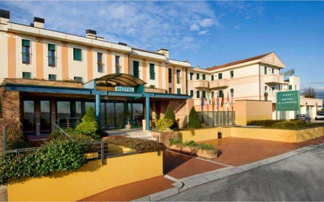 Hotel Il Canova Сандриго вид на фасад