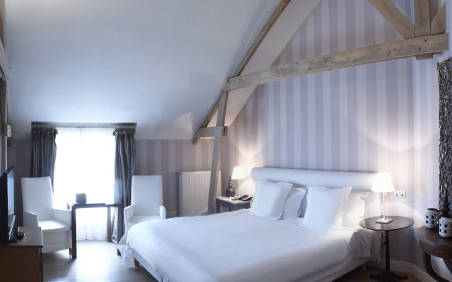 De Barrier - Different Hotels