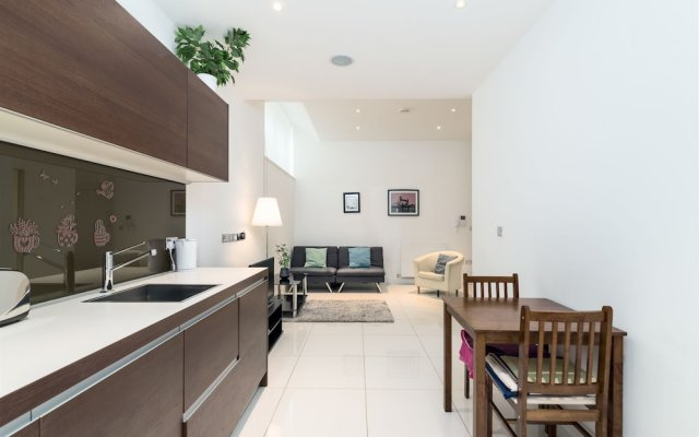 Отель Modern 1BR Home in Kings Cross! 3 Guests Лондон