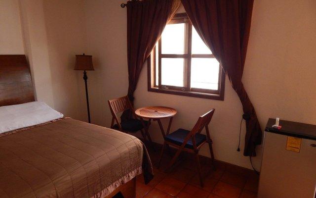 Отель Cabo Cush комната для гостей