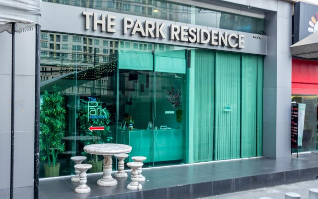 Отель Park Residence Bangkok Бангкок вид на фасад