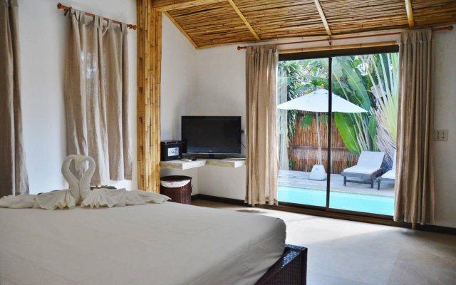 Отель Chalisa Villas комната для гостей