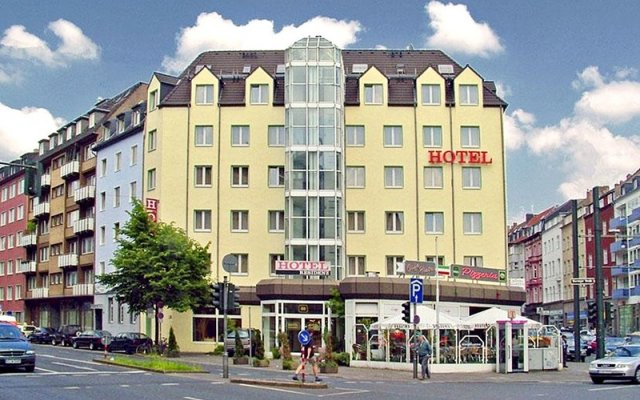 Hotel Residenz Düsseldorf вид на фасад