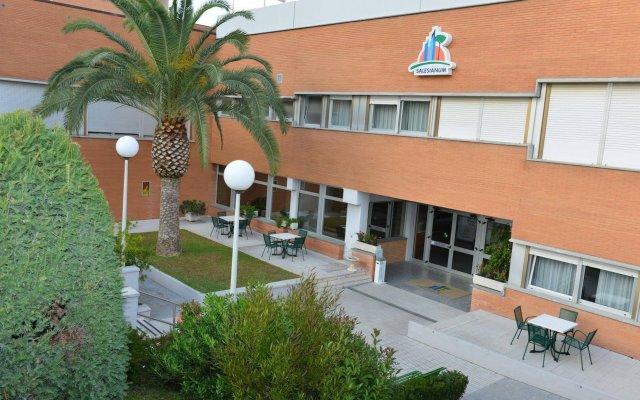 Отель Salesianum Казале Пизана вид на фасад