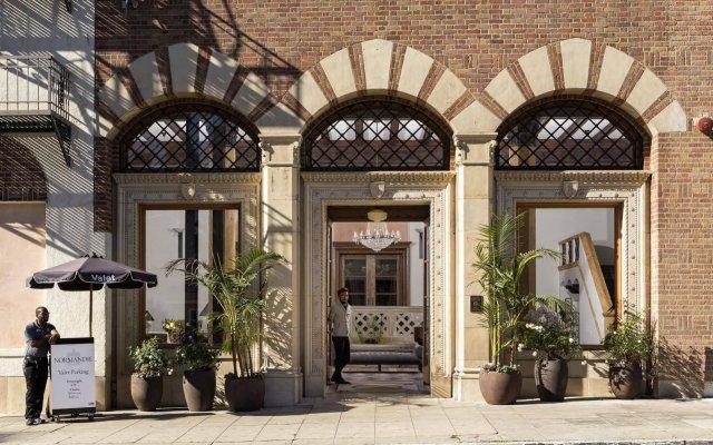 Hotel Normandie - Los Angeles вид на фасад