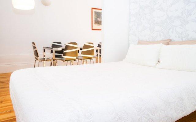 Апартаменты Liiiving In Porto - Bolhão Market Apartment Порту комната для гостей