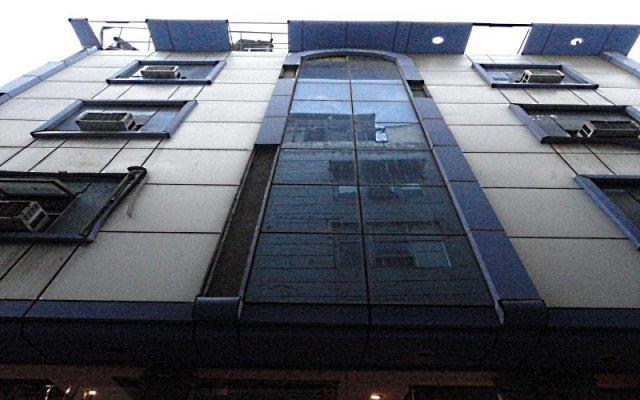 Hotel Shbad Deluxe вид на фасад