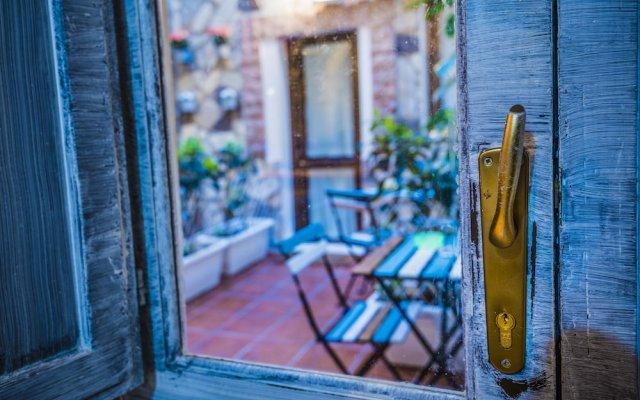 Отель Il Cortiletto di Ortigia Италия, Сиракуза - отзывы, цены и фото номеров - забронировать отель Il Cortiletto di Ortigia онлайн вид на фасад
