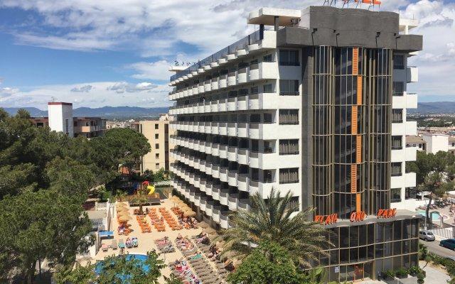 Отель Ohtels Playa de Oro Испания, Салоу - 7 отзывов об отеле, цены и фото номеров - забронировать отель Ohtels Playa de Oro онлайн вид на фасад