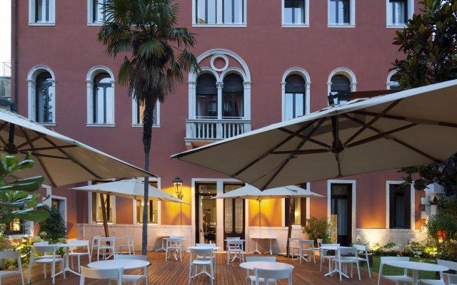 Отель NH Collection Venezia Palazzo Barocci Италия, Венеция - отзывы, цены и фото номеров - забронировать отель NH Collection Venezia Palazzo Barocci онлайн вид на фасад