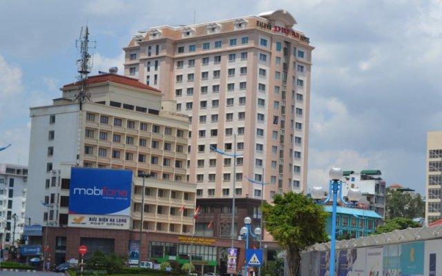 Отель Halong Dream Халонг вид на фасад