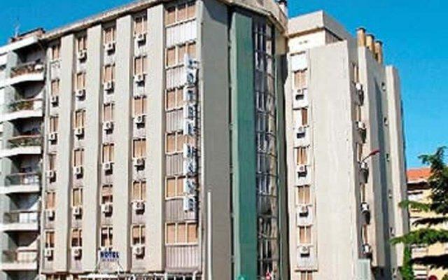 Hotel Nave Порту вид на фасад