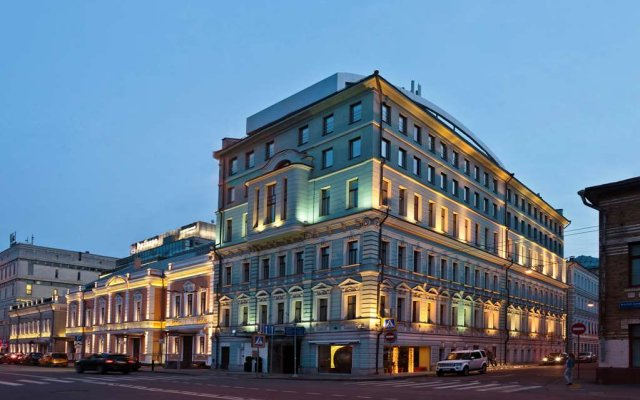 Chekhoff Hotel Moscow, Curio Collection By Hilton вид на фасад