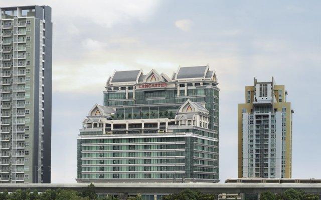 Отель Lancaster Bangkok вид на фасад