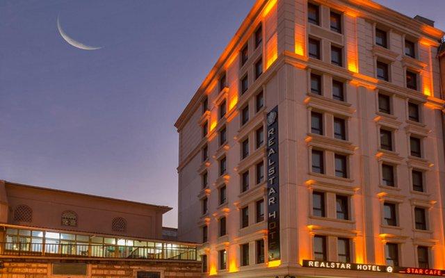 Real Star Hotel вид на фасад