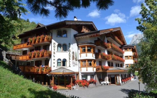 Hotel La Soldanella вид на фасад