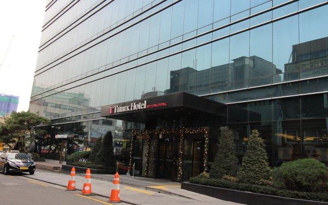 Tmark Hotel Myeongdong вид на фасад