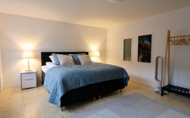 Отель Two-Story LUX Apartment in Heart of Cph Дания, Копенгаген - отзывы, цены и фото номеров - забронировать отель Two-Story LUX Apartment in Heart of Cph онлайн комната для гостей