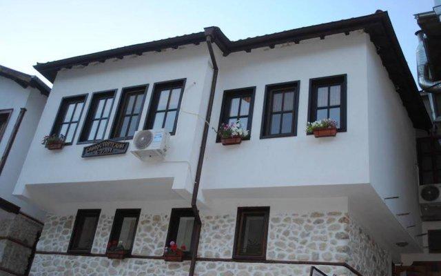 Отель Toni's Guest House Болгария, Сандански - отзывы, цены и фото номеров - забронировать отель Toni's Guest House онлайн вид на фасад