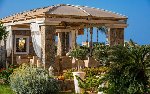 Отель Socrates Hotel Греция, Малия - 1 отзыв об отеле, цены и фото номеров - забронировать отель Socrates Hotel онлайн вид на фасад