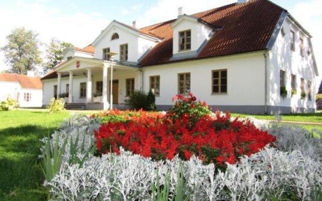 Отель Skangaļu muiža вид на фасад