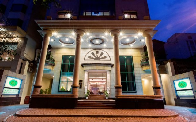 Sunway Hotel Hanoi вид на фасад