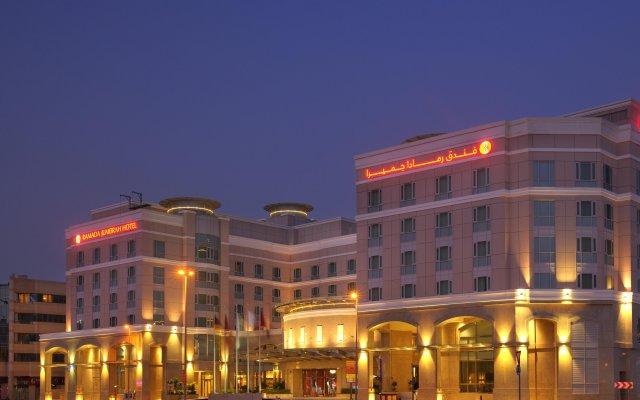 Отель Delta by Marriott Jumeirah Beach вид на фасад