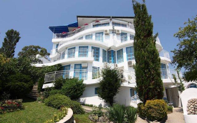 Отель Villa White Dove вид на фасад
