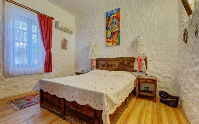Lale Lodge Hotel Чешме комната для гостей