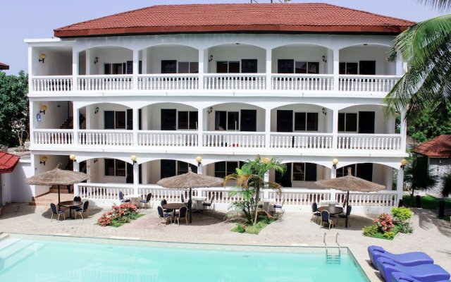 Sunu Hotel (Ex-Sarges Hotel) in Kololi, Gambia from 79$, photos, reviews - zenhotels.com hotel front