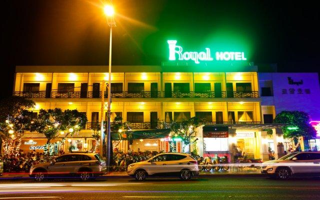 Отель Royal Hotel Вьетнам, Вунгтау - отзывы, цены и фото номеров - забронировать отель Royal Hotel онлайн вид на фасад